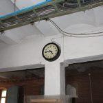 Alte Industrieuhr / Fabrikuhr / Bahnhofsuhr