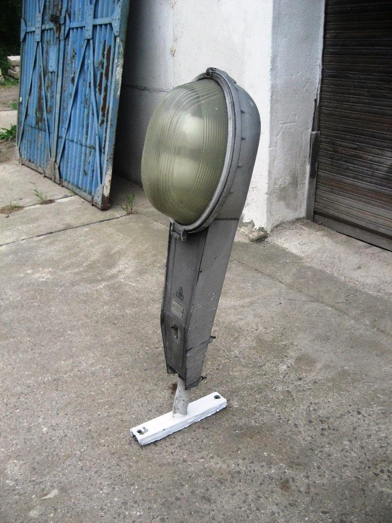 Industriestrahler Straßenlaterne Mastleuchte, ca. 130 cm x 25 cm