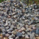 Granitpflaster anthrazit-bunt gebraucht, reihenfähig, Großpflaster Granit u. a.